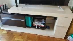 Rack para TV por material de construção