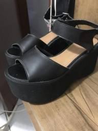 Sandália plataforma Satinato