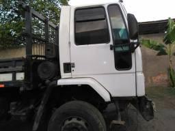 Vende- se caminhao 2422 ford cargo motor batido - 2005