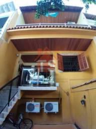 Linda casa de 5 quartos com suite - closet e terraço Gourmet no coração do Cachambi