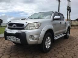 Toyota Hilux srv automatica - 2010