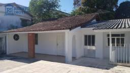 Casa com 2 dormitórios para alugar por R$ 4.000,00/mês - Centro - Maricá/RJ