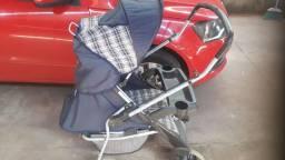 Carrinho  para bebês / semi-novo
