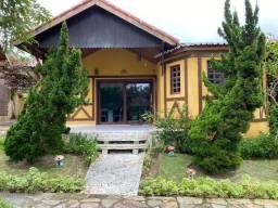 Vende-se Casa Mobiliada em Condomínio na cidade de Gravatá. RF 485