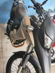 moto xre 300 2017