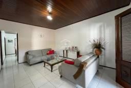 Título do anúncio: Casa com 03 quartos no Vinhais/projetados/copa e cozinha (TR83071) MKT