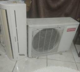 Ar condicionado 12 BTUs - em perfeito estado funcionando