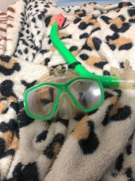 Oculos natacao e respirador