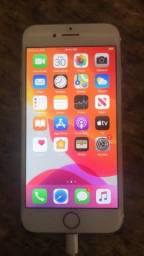 Título do anúncio: Vendo IPhone 7 32Gb Único dono