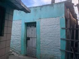 Vendo Casa (25Mil) ou Alugo (350) no Alto Burity