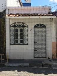 Aluga-se Casa no Umarizal R$ 800