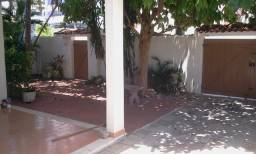 Casa de 1 andar com 5 quartos no Cabo Branco.