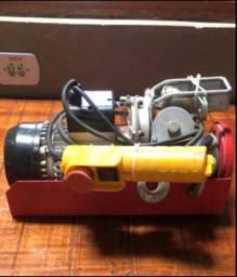 Talha guincho elétrico de coluna Motomil HA-105 300/600kg 220v