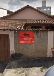 Título do anúncio: Casa com 2 quartos à venda no bairro Lagoa em BH