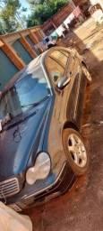 Mercedes C320 sucata