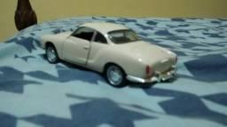 Miniatura de Karmann Ghia