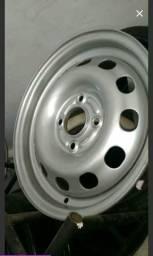 Procuro 1 roda Ferro ford 14 Compra ou troca