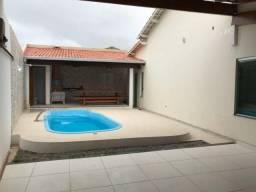 Casa com 3 quartos, piscina e Área Gourmet