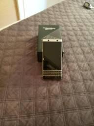 BlackBerry key one semi novo