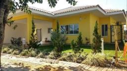 Casa no Cond. Villa Conscientia, com suíte, 2 quartos e quintal !