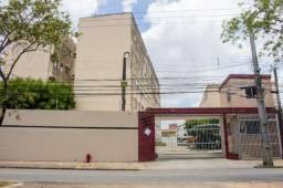 Apartamento para locação com 03 quartos sendo 01 suíte em Messejana