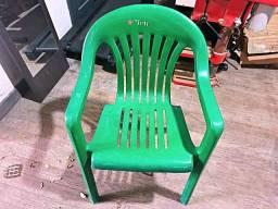 Cadeira de Plástico Verde