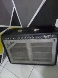 Amplificador Fender 212R 100W!