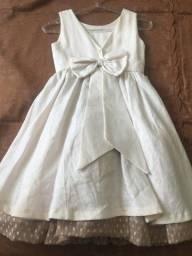 Título do anúncio: Vestido de festa em cambraia de linho Tamanho 6