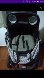 Carrinho de Bebê Graco + Bebê Conforto + Base em Ótimo Estado 900,00
