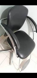 Cadeira hidráulica para cabelereiro Ferrante