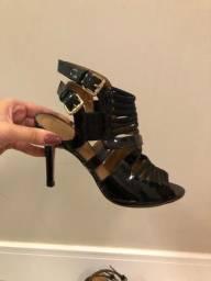 Sandália salto fino, tamanho 36