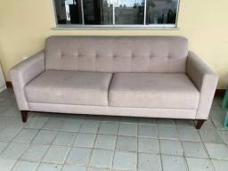 Sofá em Linho bege
