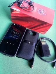 Vende-se celular MOTO Z 2 PLAY