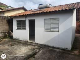 Casa Parque das Águas-Monte Castelo,2 Quartos,Sala, cozinha, banheiro, garagem e área