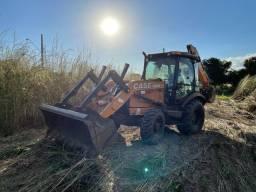 Serviços e Locações de Retroescavadeiras , limpezas de terrenos e escavações