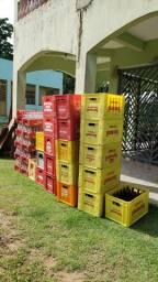 Vasilhames para Coca-Cola e cerveja e 51