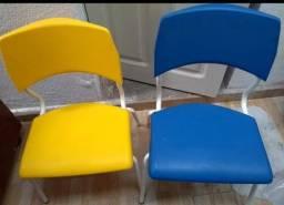 Título do anúncio: Cadeiras infantis