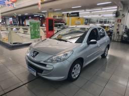 Peugeot 207 Hatch Active 1.4 (Flex) - Baixo KM