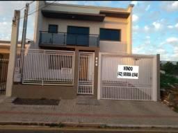 Vendo Sobrado Semi Novo no Bairro Santana próximo Colégio Aliança Guarapuava Pr