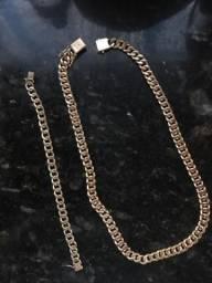 Corrente e pulseira de ouro