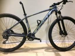 Mountain bike first axiss 29tamanho 17,5