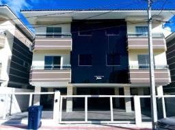 21 - Apartamento com 3 dormitórios, Sendo 1 Suíte, bem localizado nos Ingleses!