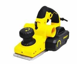 Plaina elétrica 750 watts profundidade de corte de até 2 mm STPP7502 Stanley