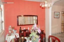 Casa no Bairro Morada do Ouro com 04 dormitórios