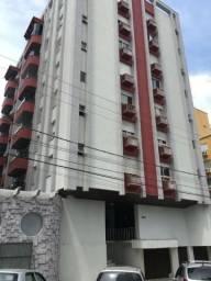 Apartamento de 03 Quartos - 01 Suíte - Ed. Excelsior - Centro - Criciúma/SC