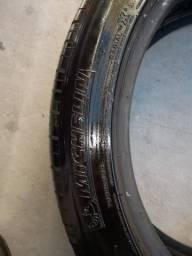 Pneu 245/45/20 Michelin