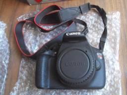 Máquina Câmera Fotográfica Profissional Cânon Eos Rebel T5 Efs18-13