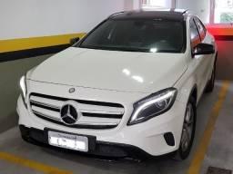 Mercedes GLA com Teto Solar Linda !!