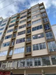 Kitnet com 1 quarto para alugar, 40 m² por R$ 550/mês - Centro - Juiz de Fora/MG