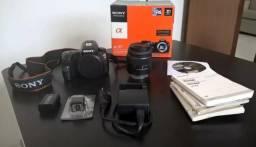 Câmera Fotográfica Semi-Profissional Sony A37 + Lente 18-55mm + Lente 70-210mm
